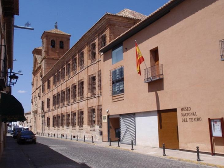 Museo Nacional del Teatro; de Paconi